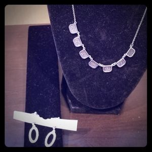 New Beautiful Necklace and earrings